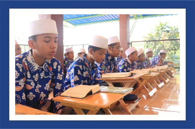 Tahfidh Al Qur'an & Tahfidh Maudlu'i (500Hadits)